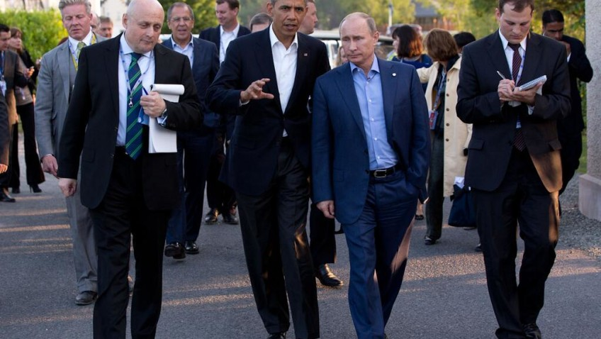 Barack Obama and Vladimir Putin Walking Together in Ireland