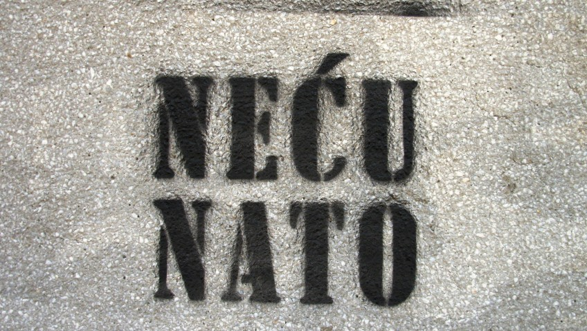 """A spray painted wall in Serbia reads: """"I don't want NATO"""""""