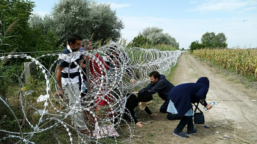 Migrants Illegally Cross into Macedonia