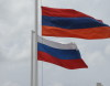 Armenian_&_Russian_flags_in_Gyumri