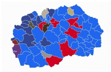 The distribution of votes on October 15: the blue stands for SDSM and the red for VMRO-DPMNE
